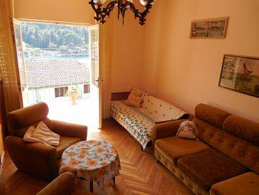 Apartment A-11198-a - Apartments Stomorska (Šolta) - 11198