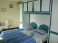 Makarska, Bedroom u smještaju tipa studio-apartment, dostupna klima.