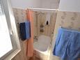 Bathroom - Apartment A-11300-a - Apartments Splitska (Brač) - 11300
