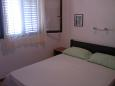 Bedroom 1 - Apartment A-11330-b - Apartments Drašnice (Makarska) - 11330