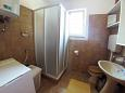 Bathroom - Apartment A-1135-a - Apartments Slatine (Čiovo) - 1135