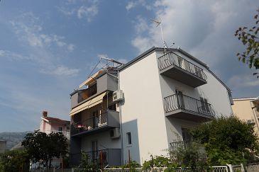 Property Podstrana (Split) - Accommodation 11363 - Apartments with pebble beach.