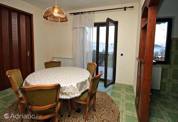 Slatine, Dining room u smještaju tipa apartment, WIFI.
