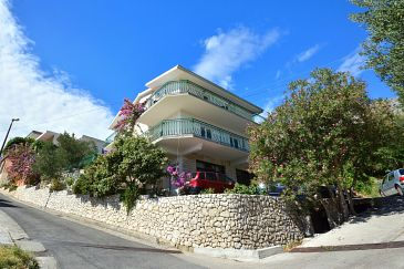 Property Suhi Potok (Omiš) - Accommodation 11401 - Apartments near sea with pebble beach.
