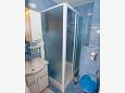 Bathroom - Apartment A-11418-a - Apartments Makarska (Makarska) - 11418
