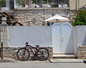 Property Vela Luka (Korčula) - Accommodation 11455 - Apartments near sea with pebble beach.