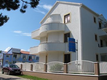 Property Privlaka (Zadar) - Accommodation 11461 - Apartments with sandy beach.