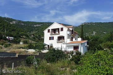 Property Komiža (Vis) - Accommodation 1149 - Apartments near sea with pebble beach.