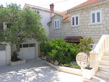 Property Postira (Brač) - Accommodation 11494 - Apartments with pebble beach.
