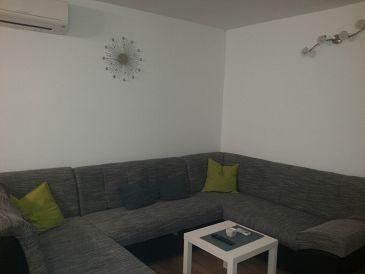 Apartment A-11513-a - Apartments Omiš (Omiš) - 11513