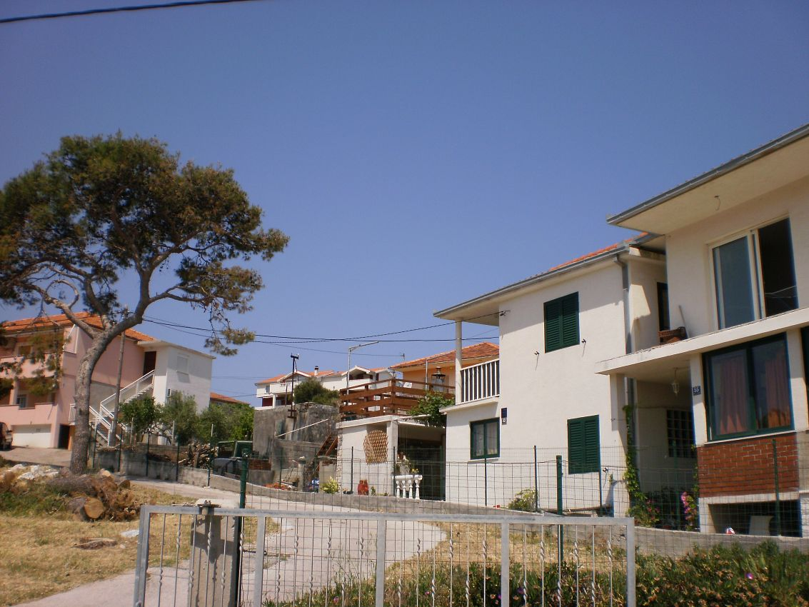 Ubytovanie na pláži v meste Slatine - 11565