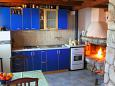 Kitchen - House K-11590 - Vacation Rentals Uvala Pernatice (Drvenik) - 11590