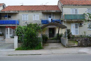 Property Korčula (Korčula) - Accommodation 11594 - Apartments with sandy beach.