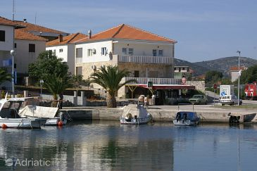 Property Marina (Trogir) - Accommodation 1164 - Apartments near sea with pebble beach.
