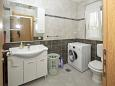 Toilet - Apartment A-11649-a - Apartments Plano (Trogir) - 11649