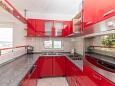 Kaštel Kambelovac, Kitchen u smještaju tipa apartment, WIFI.