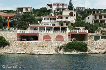 Vinišće, Trogir, Property 1168 - Apartments blizu mora.