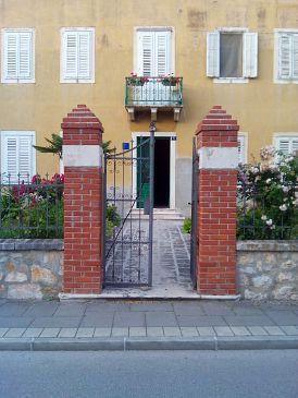 Property Zadar (Zadar) - Accommodation 11686 - Apartments near sea with pebble beach.