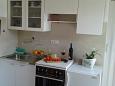 Kaštel Kambelovac, Kitchen u smještaju tipa studio-apartment, WIFI.
