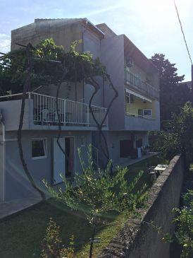 Property Kaštel Kambelovac (Kaštela) - Accommodation 11755 - Apartments with pebble beach.