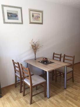 Trogir, Dining room u smještaju tipa apartment, dostupna klima i WIFI.