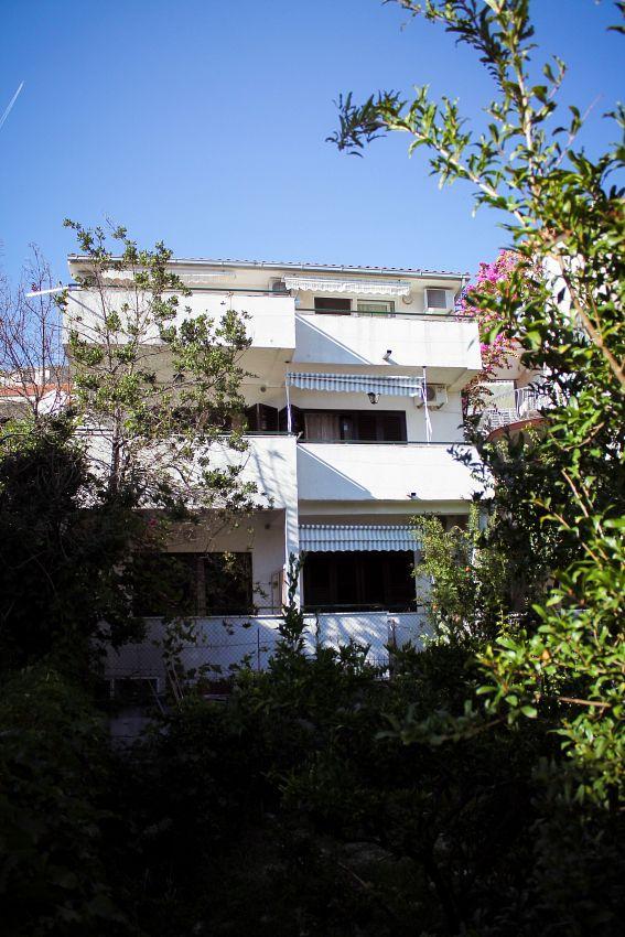 Apartmány s parkoviskom v meste Podgora - 11893
