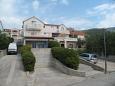 Apartments Bol (Brač) - 12474