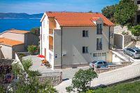 Apartments and rooms by the sea Brela (Makarska) - 13118