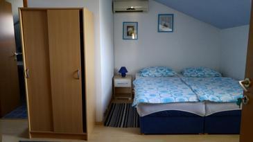 Bilje, Спальня u smještaju tipa room, dostupna klima i WIFI.