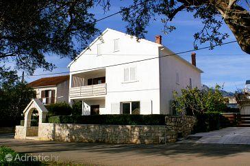Property Korčula (Korčula) - Accommodation 180 - Apartments with sandy beach.
