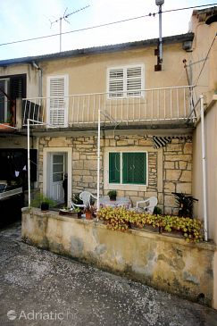 Property Prigradica (Korčula) - Accommodation 192 - Vacation Rentals near sea with pebble beach.