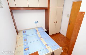 Banjol, Bedroom u smještaju tipa room, dostupna klima i WIFI.