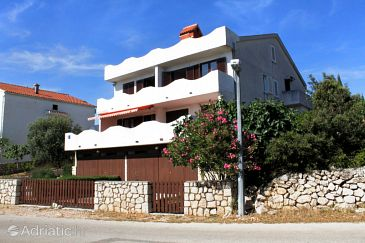 Mandre, Pag, Property 204 - Apartments with pebble beach.