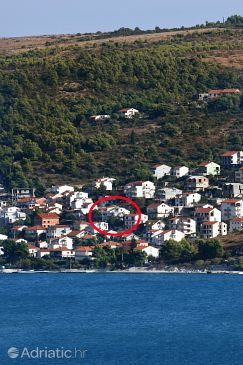 Property Mastrinka (Čiovo) - Accommodation 2045 - Apartments near sea with pebble beach.