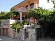 Property Jelsa (Hvar) - Accommodation 2062 - Apartments with pebble beach.