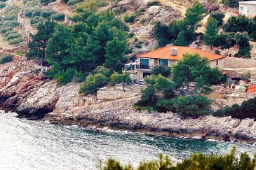 Property Uvala Srhov Dolac (Hvar) - Accommodation 2072 - Apartments near sea.