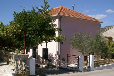 Property Seget Vranjica (Trogir) - Accommodation 2082 - Apartments near sea with pebble beach.