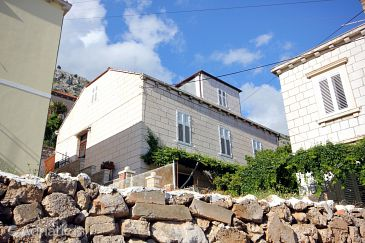 Dubrovnik, Dubrovnik, Property 2108 - Apartments with pebble beach.