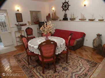 Dubrovnik, Dining room u smještaju tipa apartment.