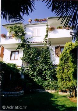 Property Rovinj (Rovinj) - Accommodation 2243 - Apartments with pebble beach.