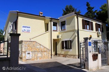 Premantura, Medulin, Property 2247 - Apartments with pebble beach.