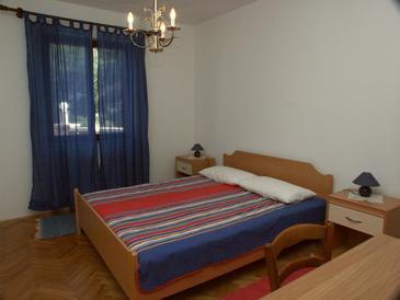 Apartmány s parkoviskom v meste Lumbarda - 4472