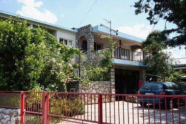 Property Selce (Crikvenica) - Accommodation 2381 - Apartments with pebble beach.