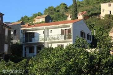 Property Vis (Vis) - Accommodation 2412 - Apartments near sea with pebble beach.