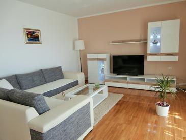 Apartment A-2421-c - Apartments Novi Vinodolski (Novi Vinodolski) - 2421