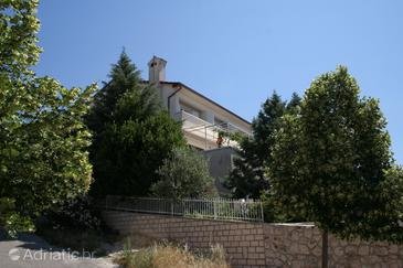 Property Novi Vinodolski (Novi Vinodolski) - Accommodation 2422 - Apartments with pebble beach.