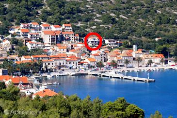 Property Vis (Vis) - Accommodation 2428 - Apartments near sea with pebble beach.