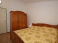 Bedroom 1 - Apartment A-247-e - Apartments Zavalatica (Korčula) - 247
