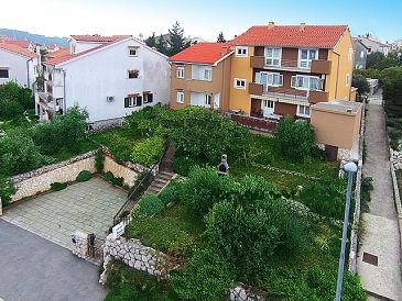 Cres, Cres, Property 2510 - Apartments blizu mora with pebble beach.