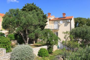 Property Nerezine (Lošinj) - Accommodation 2518 - Apartments with pebble beach.